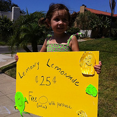 Lemonade stand by Aaron Fulkerson on Flickr. Used under a Creative Commons license
